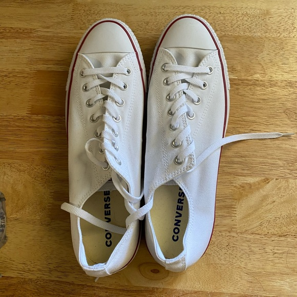 COPY - Size 13 White Chuck Taylor All Star Conver…